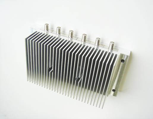 6端子集合型ダミーロード 許容電力80w(SMA-J入力端子)